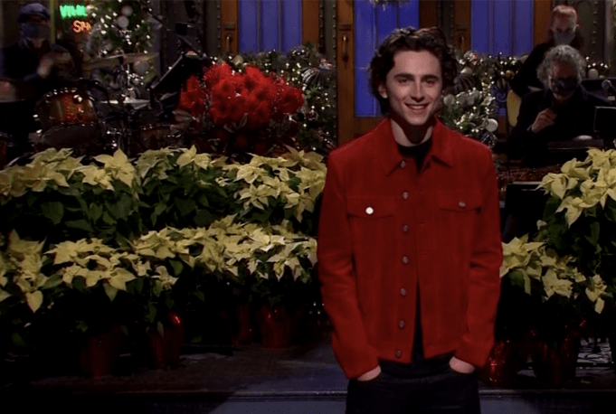Saturday Night : Timothee Chalamet celebrates New York City for the first time.