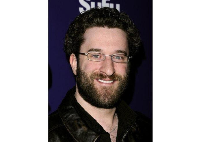 'Saved by Bell' star Dustin Diamond dies from cancer at 44